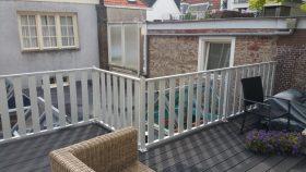 balkonhekwerk kunststof vlonder met aluminium hekwerk